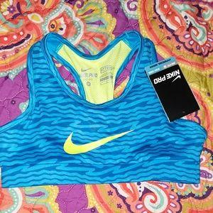 Girls size medium Nike sports bra.